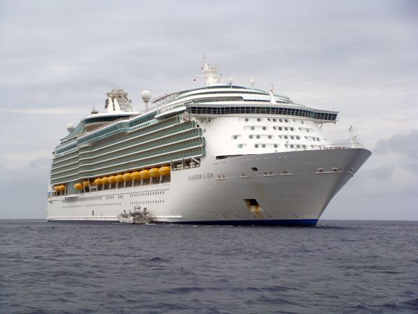 Images Of Royal Caribbean S Navigator Of The Seas